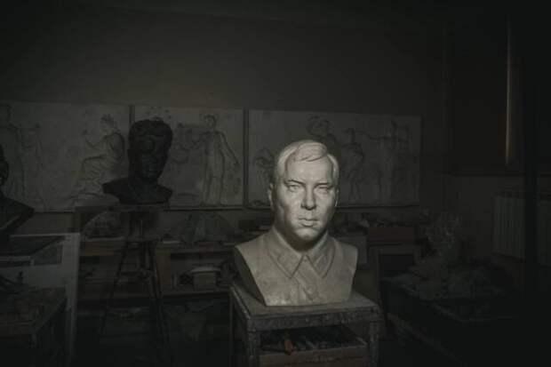 Бюст героя Великой Отечественной Александра Терлецкого установят ещё и в селе Родниковое
