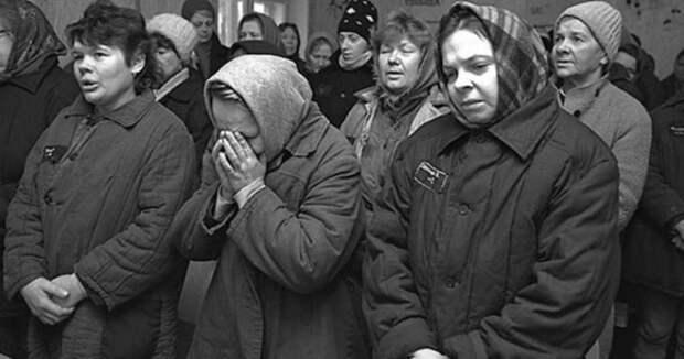 Кто такие «семейницы» и «бычкососки»: жаргон российских женских тюрем