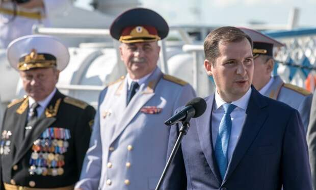 Александр Цыбульский поздравил Поморье с Днём военно-морского флота