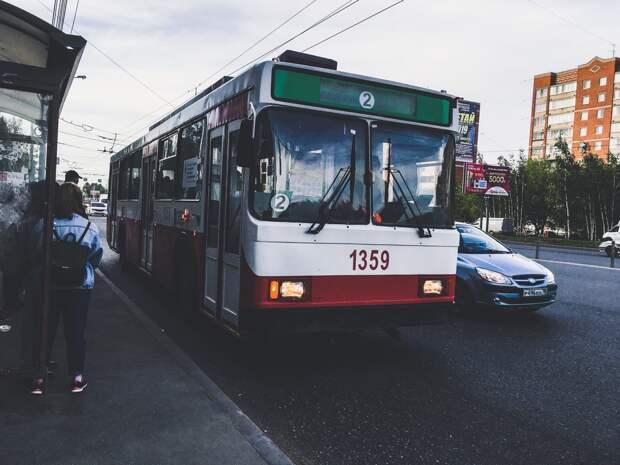 73 человека пострадали из-за падений в общественном транспорте Ижевска