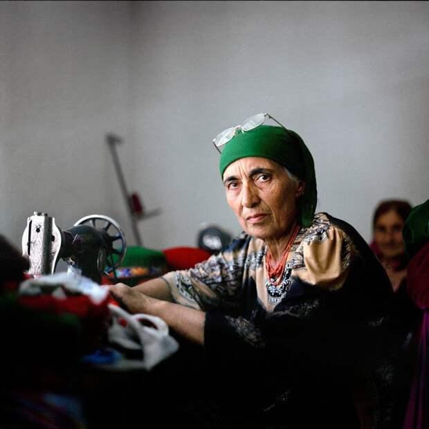 Тем, кому повезло, работают жизнь простых людей, миграция, таджикистан
