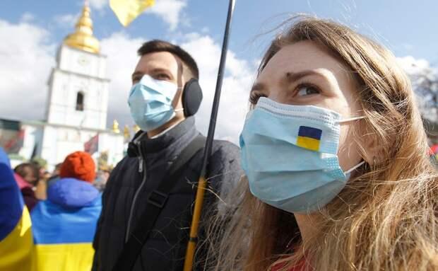 Вместо вакцины «Спутник-V» Киев закупил неэффективный препарат от коронавируса