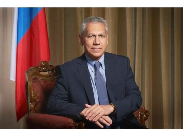 «Русский шпион» и «госпереворот»: против кого в России президент Сербии?