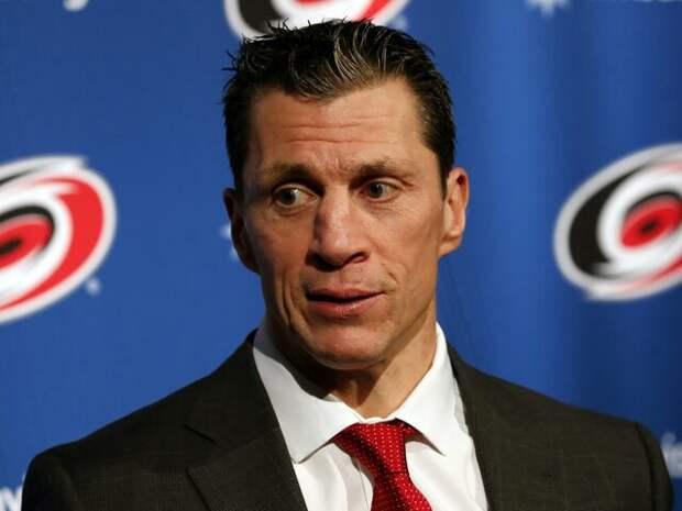Рон Бриндамор признан лучшим тренером НХЛ