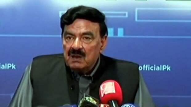 Пакистан внедрит электронные паспорта