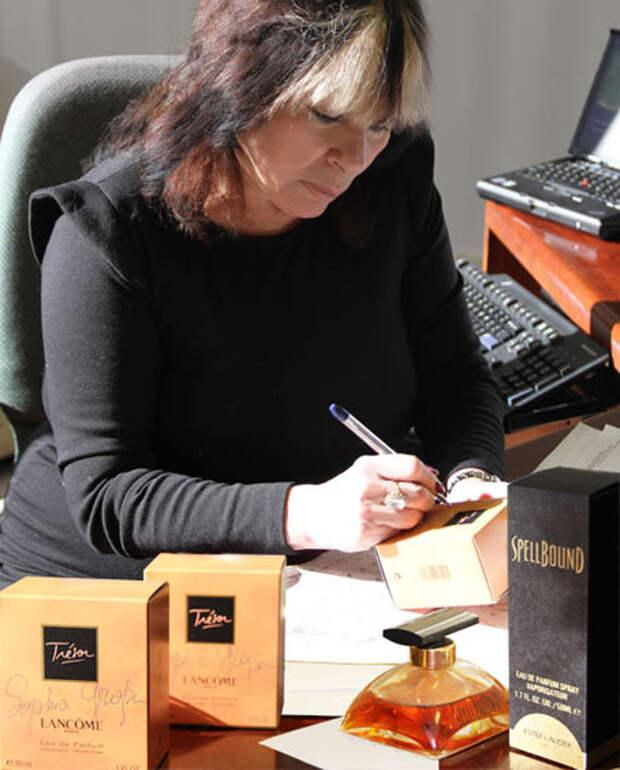 София Гройсман является автором формул духов Tresor и Parisienne