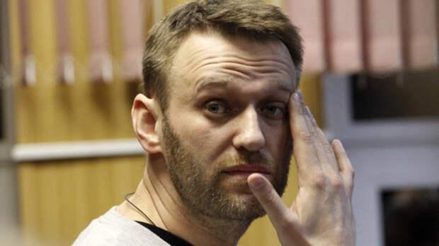 Врачей Навального упрекнули в некомпетентности после заочного диагноза