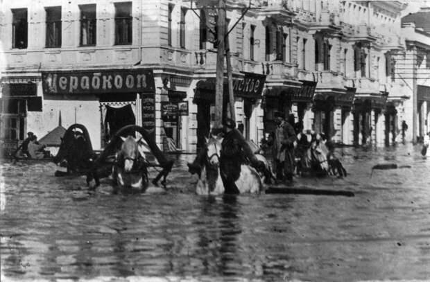 1928. Любинский проспект затоплен. история, ретро, фото