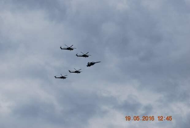 """21 мая 2016 г. Кубинка . 25 лет пилотажным группам """"Русские Витязи"""" и """"Стрижи"""""""
