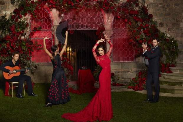 Национальное испанское свадебное платье