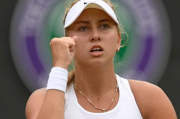 19-летняя Анастасия Потапова вышла в четвертьфинал престижного турнира в Дубае