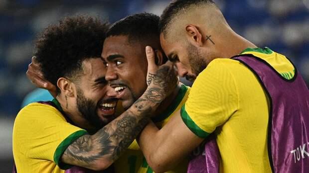 «Зенит» отозвал Малкома и Клаудиньо из сборной Бразилии. Бразильцы в шоке: жалоба в ФИФА на «Зенит»!