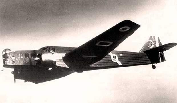 Bloch MB 210 в полете