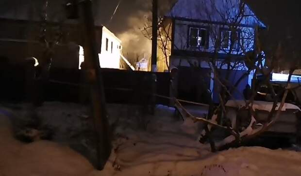 ВТюменской области семь человек погибли при пожаре частного дома
