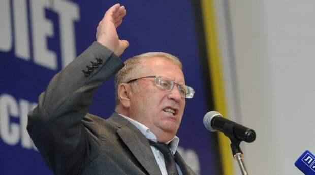 """Жириновский призвал """"проучить хамов"""" и защитить """"Северный поток-2"""" силами Балтфлота"""