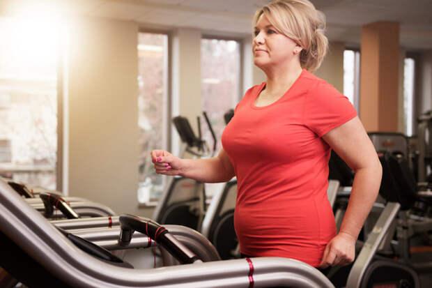 Почему не стоит верить в диеты, от которых у возрастных женщин худеют живот и бока.
