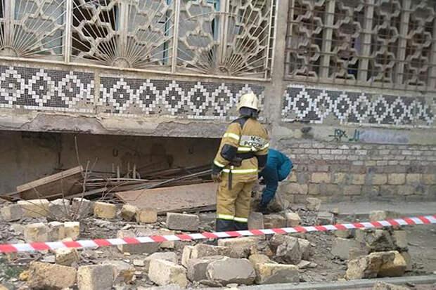 Два человека пострадали при взрыве газа в жилом доме в Махачкале