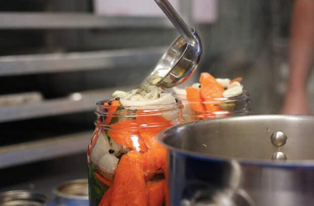 Маринуем любые овощи быстро и без хлопот: есть можно почти сразу
