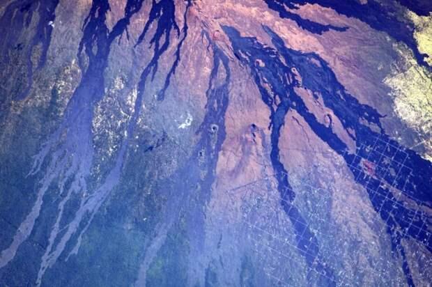 1. Южный мыс Гавайских островов земля, космонавт, космос