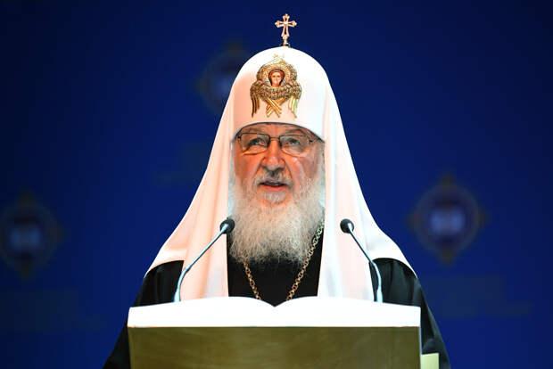 Патриарх Кирилл призвал женщин отдавать детей на воспитание РПЦ