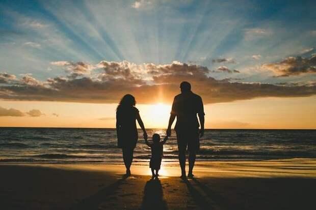 Отец не пустил на порог, узнав, что дочь родила ребенка с неизлечимым диагнозом
