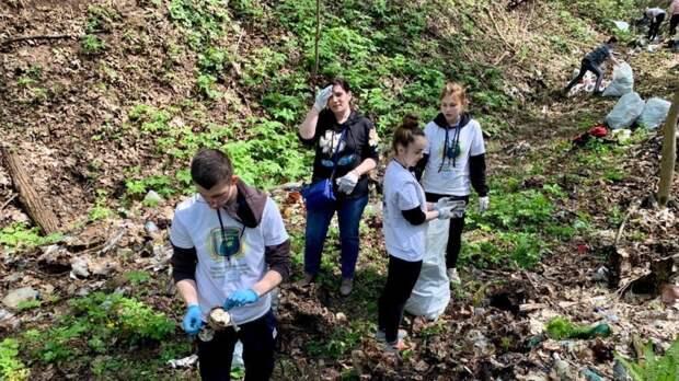 Старинные артефакты найдены в ходе уборки берега Оки от залежей мусора