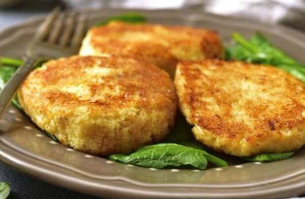 Капустно-кабачковые котлеты: от мясных не отличишь. Сытный обед или ужин.