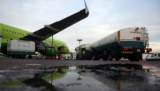 ФАС рекомендует нефтяникам увеличить запасы авиакеросина