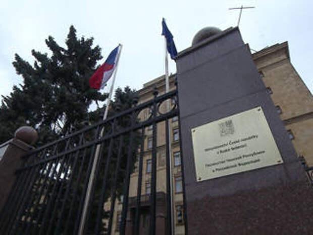 Щедрый подарок Советского Союза: экскурсия по наследию Чехии в Москве