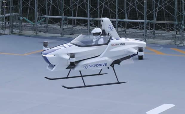 Летающий автомобиль японского стартапа SkyDrive совершил первый полёт с человеком внутри