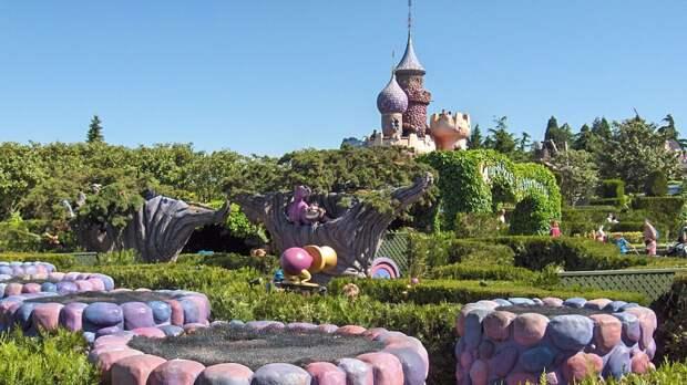 Парижский парк развлечений «Диснейленд» откроют 17 июня