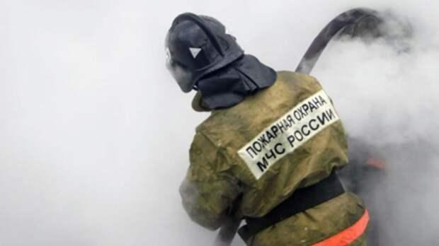 Спасатели нашли трупы двух человек на месте пожара в квартире в Москве