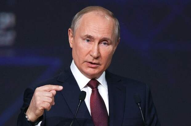Путин предложил банкам РФ подключиться к системе быстрых платежей к 1 июля