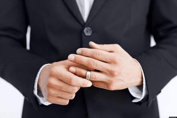 10 признаков, что мужчина прочно женат