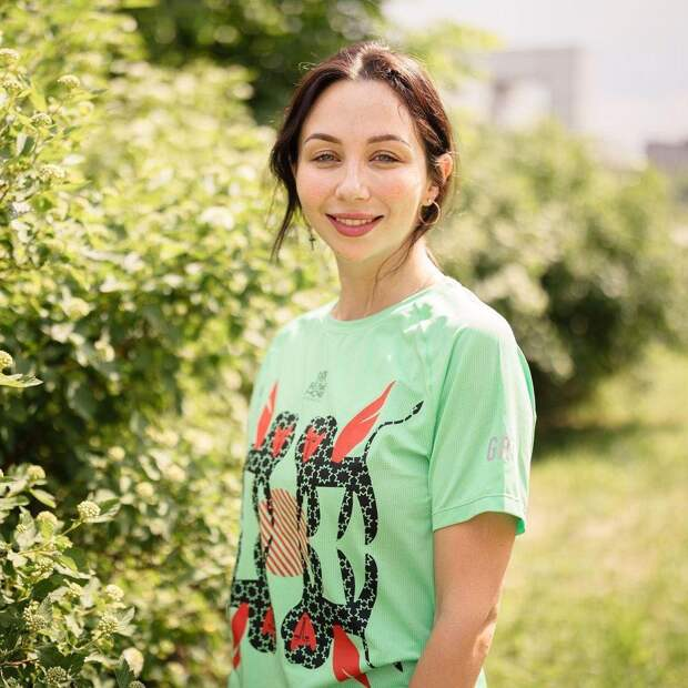 Елизавета Туктамышева показала летнее фото, пригласив петербуржцев на марафон