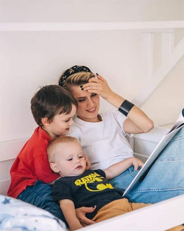 Дарья Мельникова впервые показала младшего сына