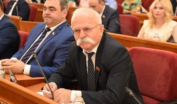 Скандального депутата Козаева взаксобрании Ростовской области сменила пенсионерка