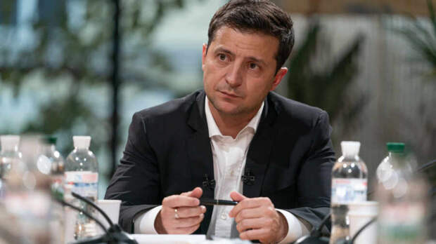 В Киеве заявили, что Зеленский «начал прозревать» в вопросе отношения Запада к Украине
