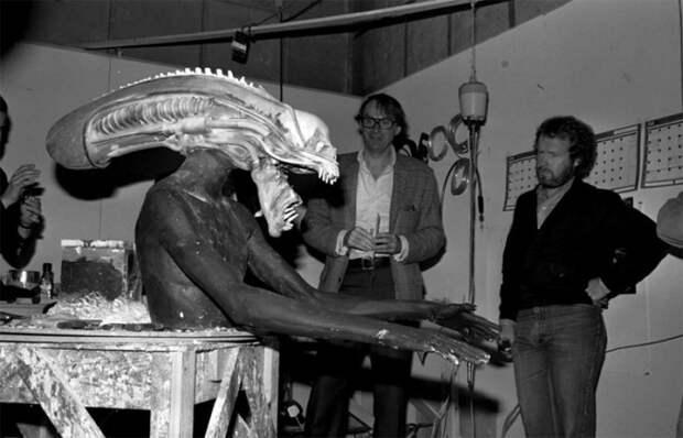 Кто скрывался под маской Чужого: Как парень из племени йоруба перевоплотился в злобного монстра