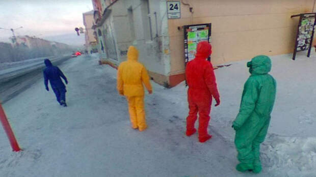 Пользователей Google Карт шокировали четыре телепузика на улице в РФ