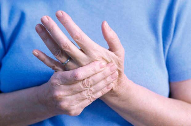 Слабость в руках – опасный симптом!