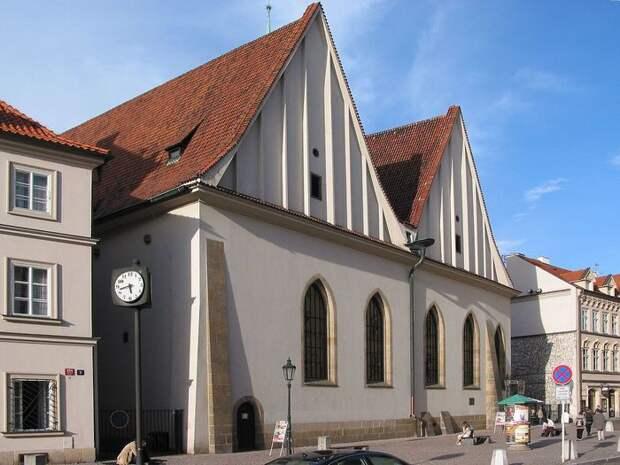 Church_of_the_Virgin_Mary_Before_Tyn_(8349054152) (700x525, 69Kb)