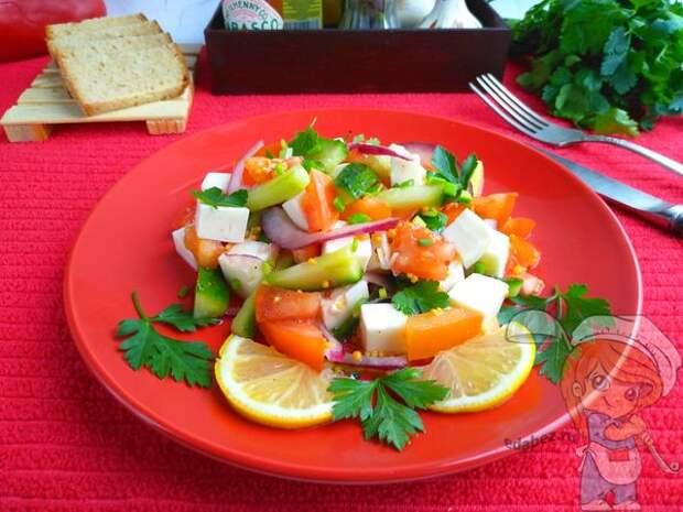 Весенний салат. Сочный яркий салат наполнит организм полезными витаминами и клетчаткой и подарит хорошее настроение!