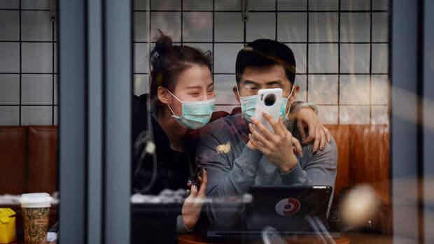 ВОЗ раскритиковала соцсети за распространение фейков о коронавирусе