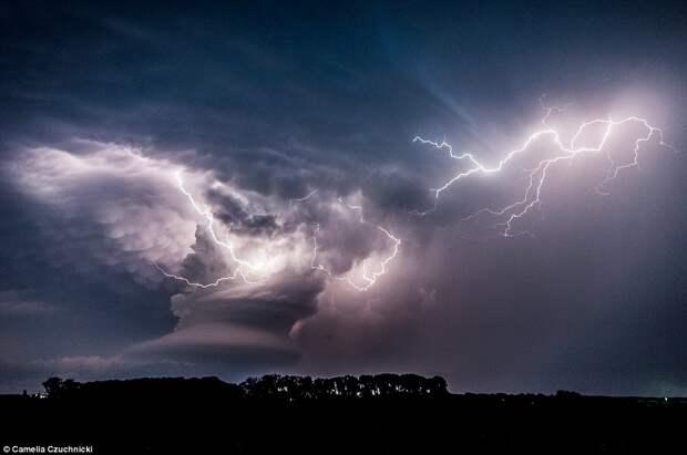 Лучшие работы конкурса фотографий погодных явлений Weather Photographer of the Year 2016