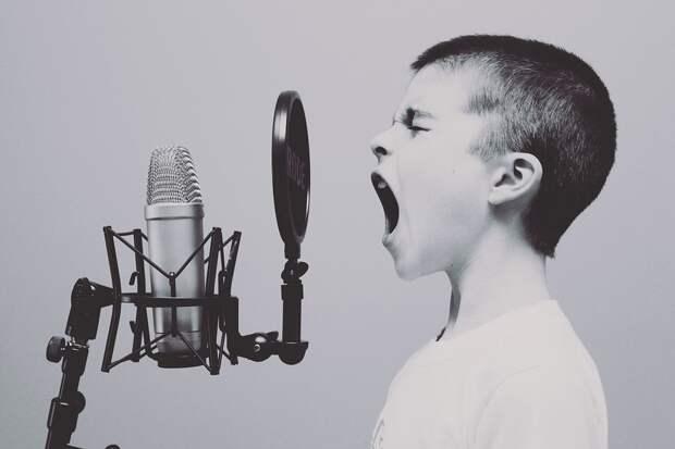 Психотерапевт рассказала о тревожных симптомах в поведении ребёнка