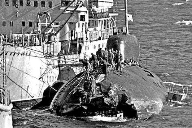 «Таран в Японском море»: как советская подлодка столкнулась с авианосцем США