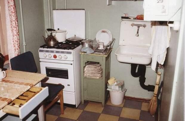ТОП-7 вещей интерьера квартиры, который сразу указывает, что человек из СССР (Фото)
