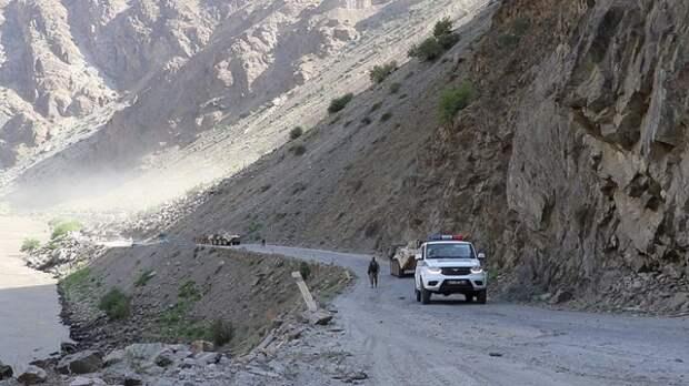 Славянские окончания в таджикских фамилиях и отчествах в Таджикистане хотят запретить