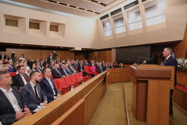 В Крыму придумали способ отвадить депутатов от парламента
